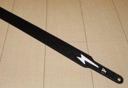 画像1: キース・リチャーズ ボルトマーク付き黒色レザータイプ ギターストラップ(Keith Richards Style black leather GuitarStrap with Volt Mark)